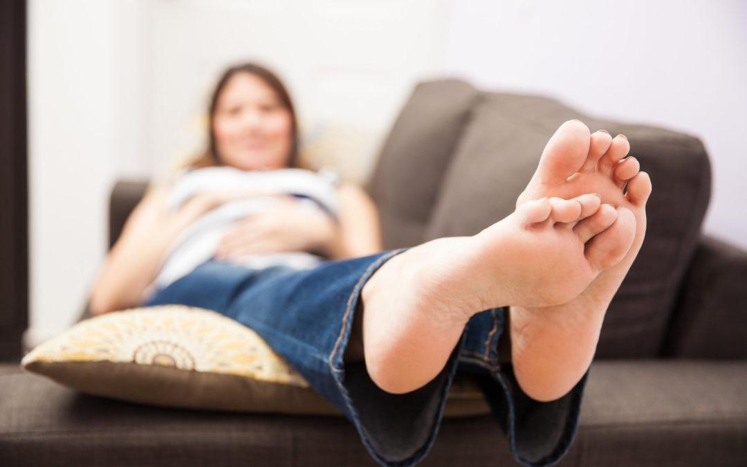 5 Ways To Combat Pregnancy Foot Problems